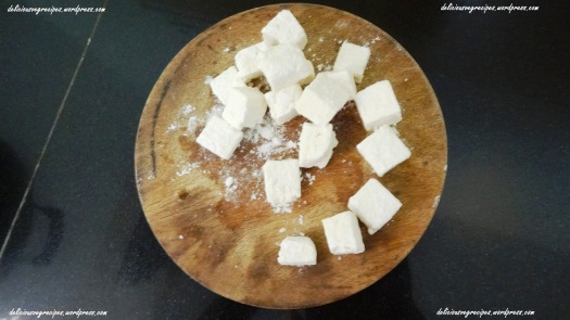 Paneer Pieces coated with dry maida